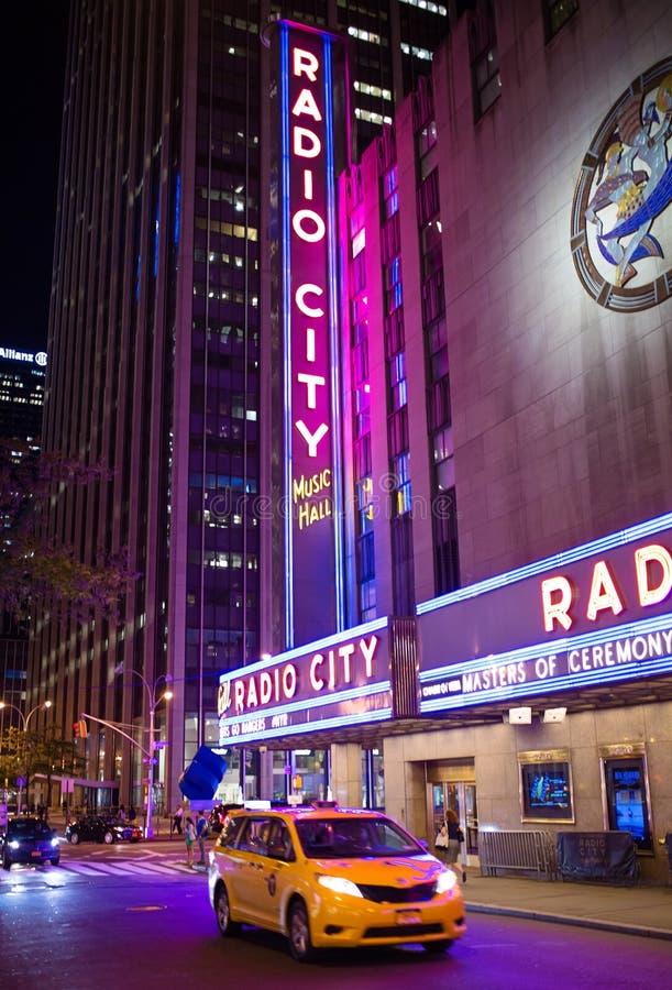 Radie teatro de variedades la ciudad foto de archivo