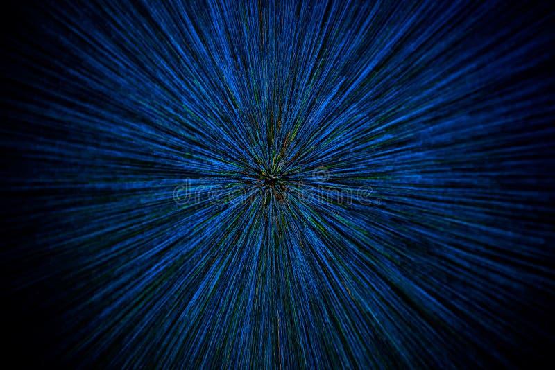 Radiella suddiga blåa gröna orange prickar för naturlig linszoomexplosion på svart bakgrund arkivbild
