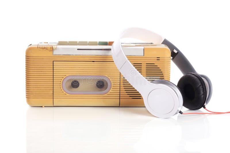 Radio di musica e cuffia bianca immagine stock