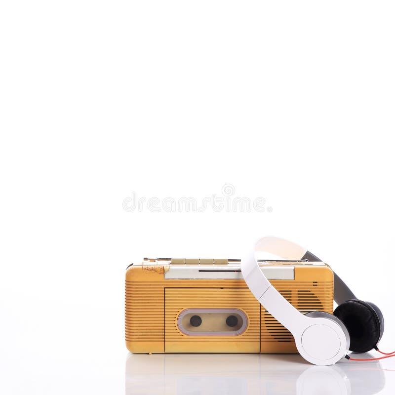 Radio di musica e cuffia bianca immagine stock libera da diritti