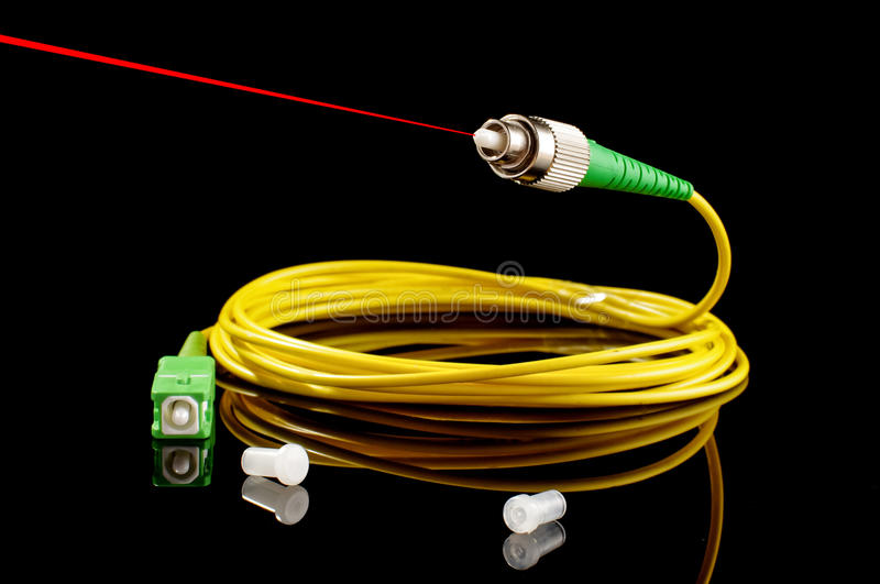 how to connect fiber optic cable