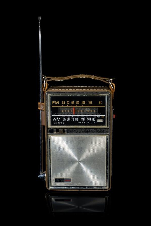 Radio portatile della retro annata fotografia stock libera da diritti