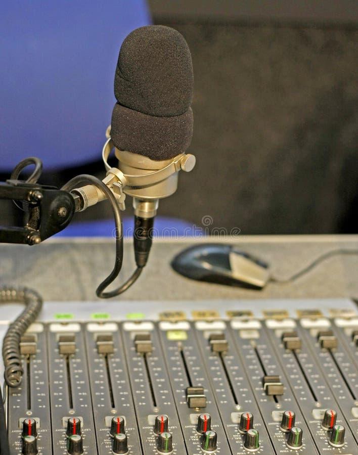 Radio studio mic stock afbeelding
