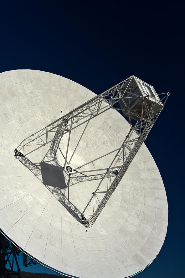 Radio Telescope 1. Mt Pleasant 26m radio telescope, Cambridge, Tasmania. Detail showing focus cabin and main reflector stock images