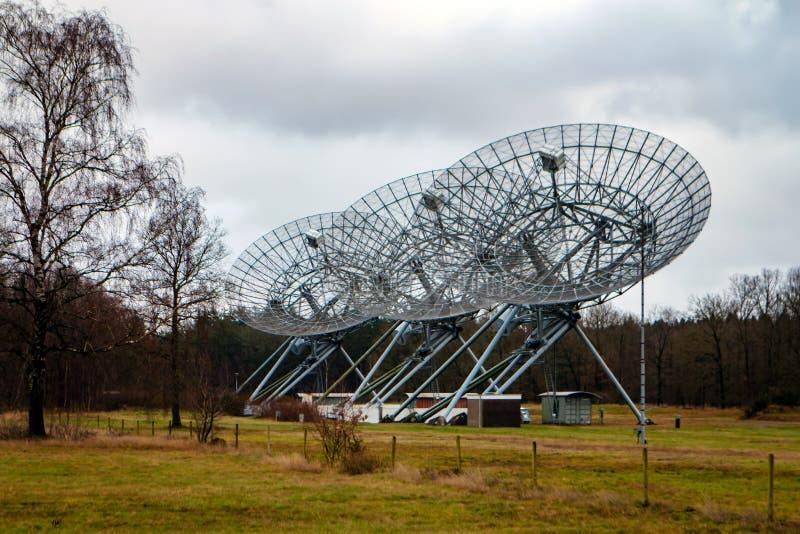 Radio telescopes Westerbork, Hooghalen, Nederländerna arkivbild