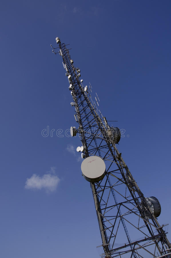 Free Radio Tower For Communications Royalty Free Stock Image - 9850186