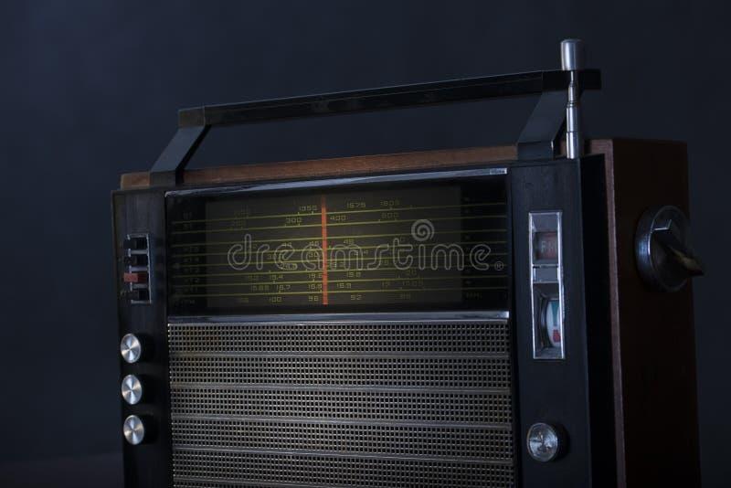 Radio vieja y sucia foto de archivo