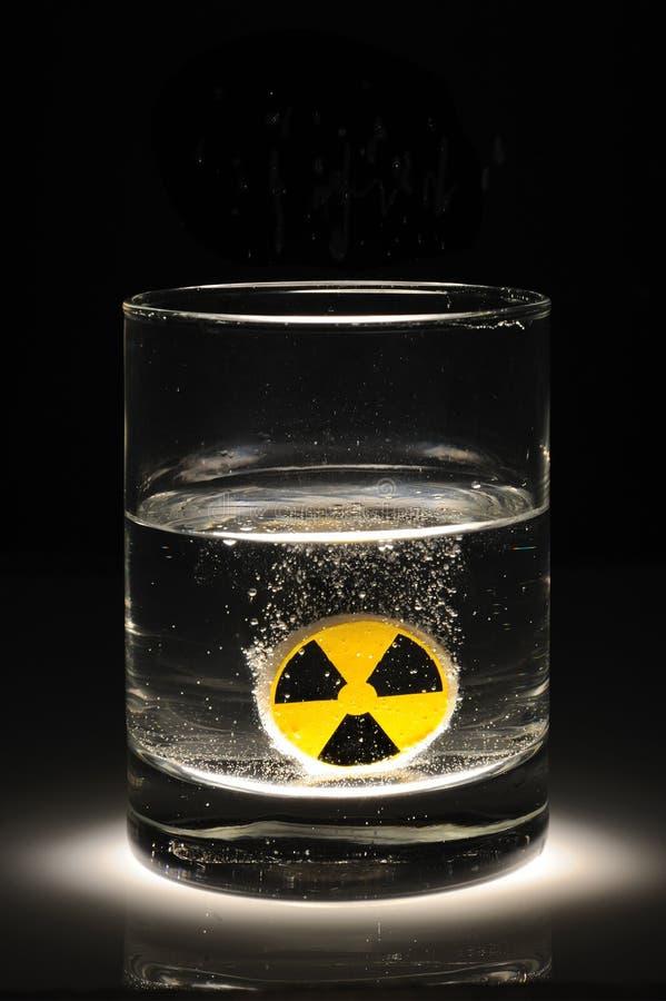 Radioactief water stock foto's