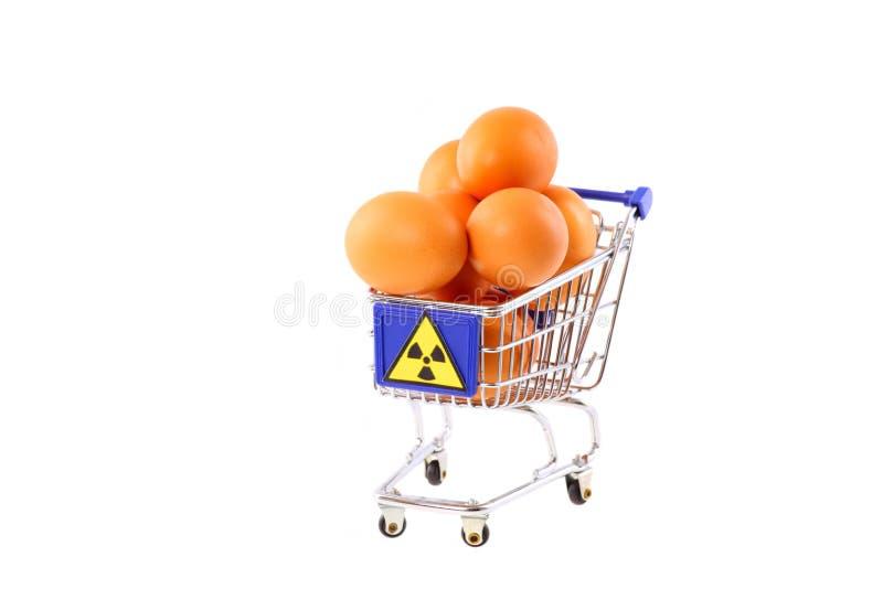 Radioaktiv verseuchte Eier lizenzfreie stockbilder