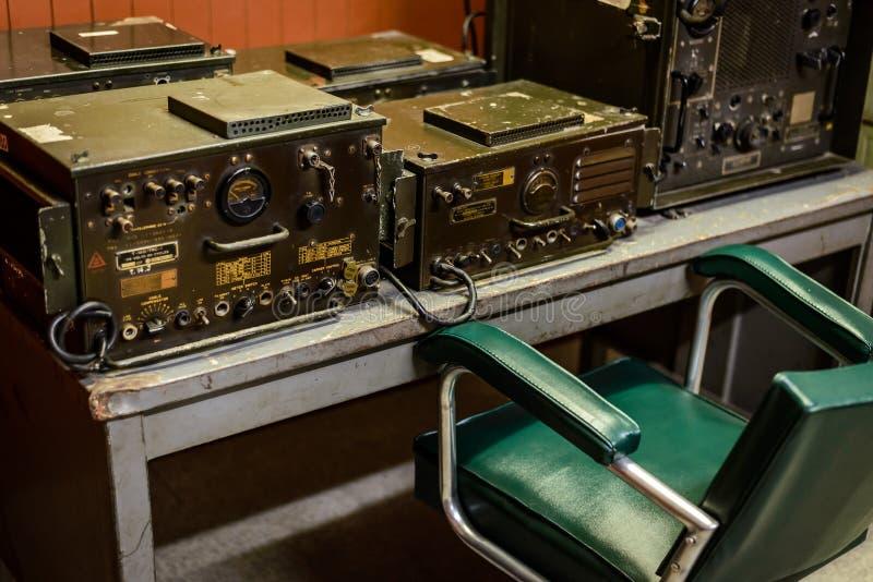 Radiorum i bunker, Vietnam fotografering för bildbyråer