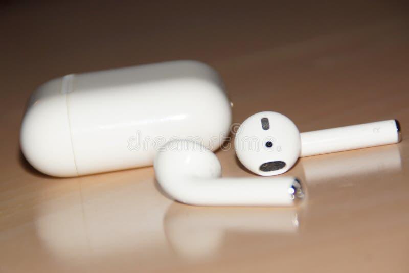 Radios o auriculares de Bluetooth ' imagen de archivo