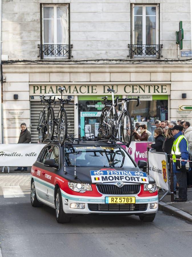 Download Radioshack Team Car- Paris Nice 2013 Prologue In Houilles Editorial Stock Photo - Image: 31465268
