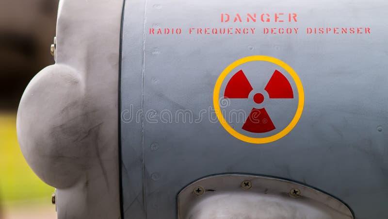 Radiostrahlungswarnschild lizenzfreies stockbild