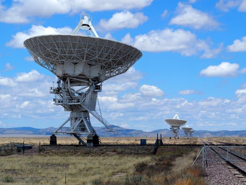 Radiotélescopes de la rangée très grande de VLA photos libres de droits
