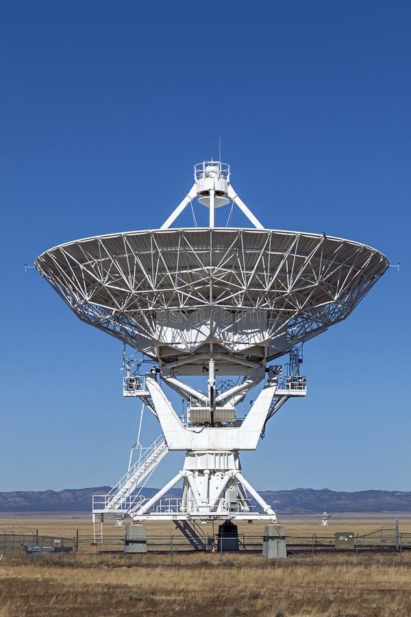 Radiotelescopio molto grande di matrice immagine stock libera da diritti