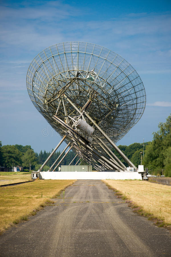 Radioteleskop i Westerbork, Nederländerna royaltyfri bild