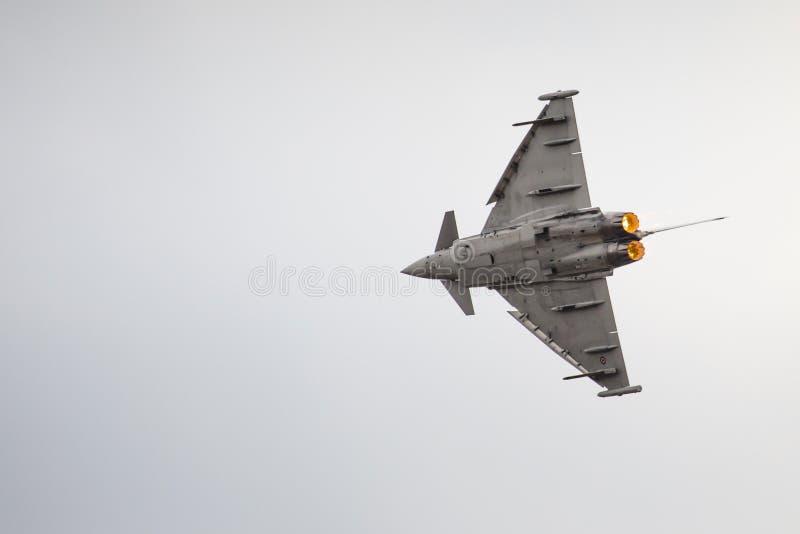 RADOM, POLÔNIA - 23 DE AGOSTO: EFA-2000 italiano Eurofighter Typhoon imagens de stock