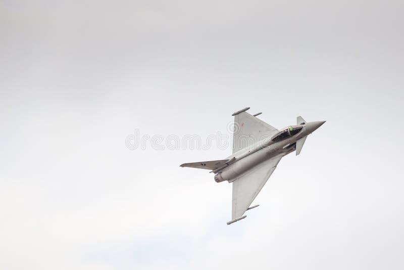 RADOM, POLÔNIA - 23 DE AGOSTO: EFA-2000 italiano Eurofighter Typhoon fotos de stock royalty free