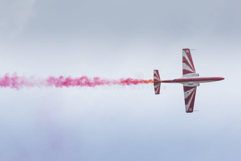 RADOM, POLAND - AUGUST 23: Bialo-Czerwone Iskry (Poland) aeroba. Tic team during Air Show Radom on August 23, 2015 stock photography