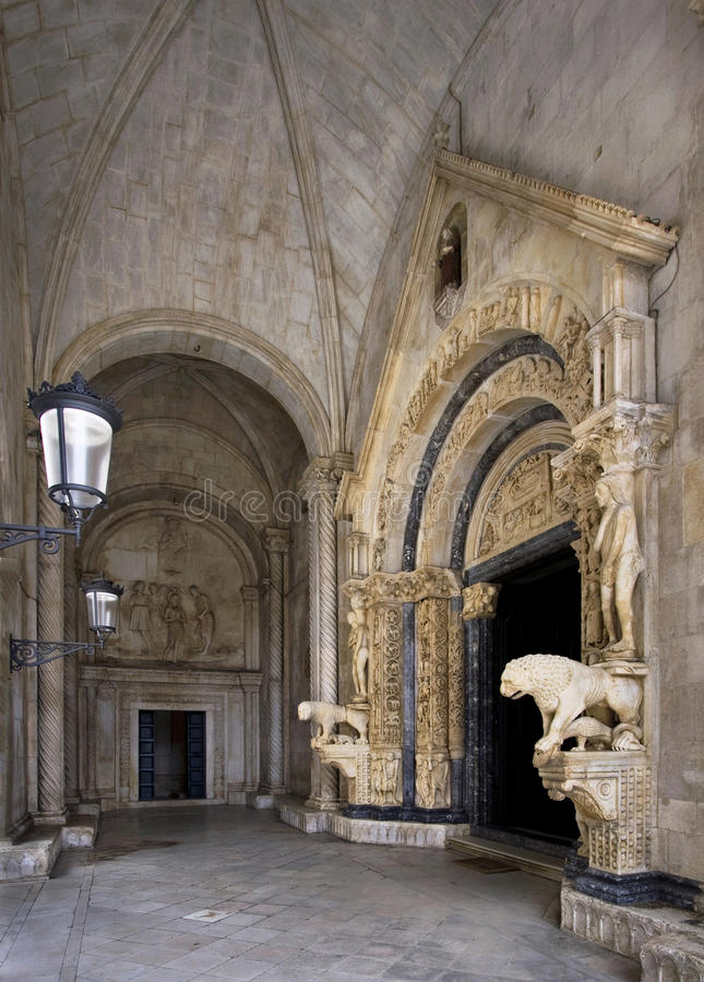 Portal of Cathedral of St. Lawrence done by Radovan in 1240, Trogir, Croatia stock photography