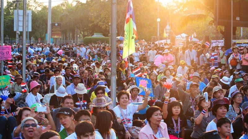 Raduno tailandese dei protestatari alla giunzione di Ladprao immagine stock libera da diritti