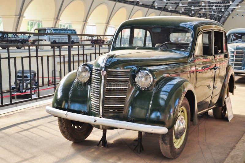 Radziecki retro samochodowy KIM 10-52 & x22; Experienced& x22; obrazy stock