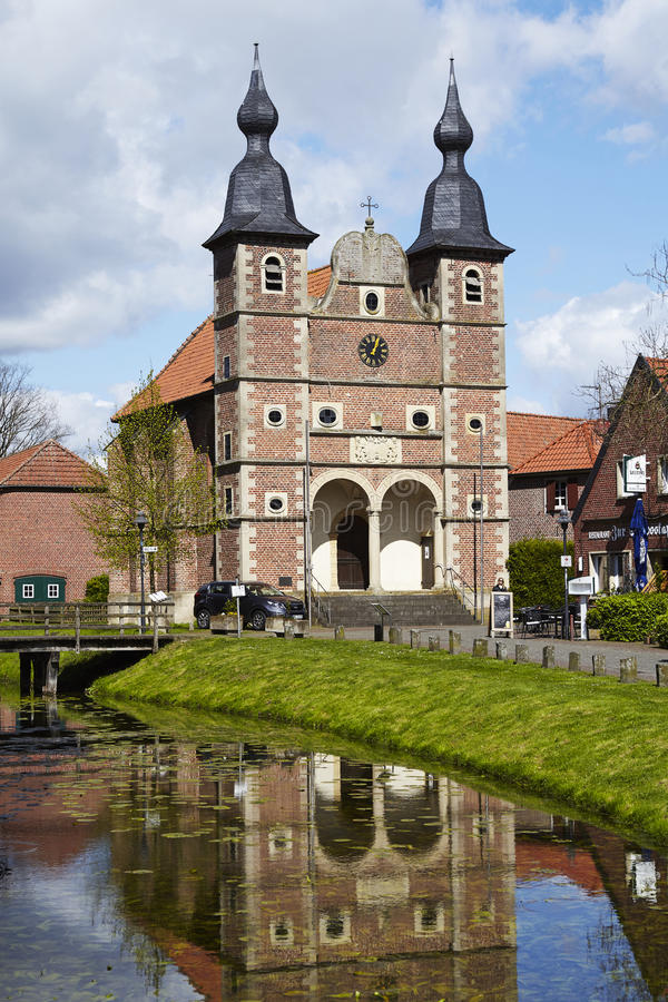 Raesfeld - capilla San Sebastián del castillo imagen de archivo libre de regalías