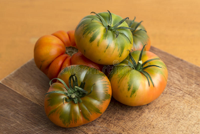 Raf ντομάτες, πράσινα σαλάτας στοκ φωτογραφία με δικαίωμα ελεύθερης χρήσης