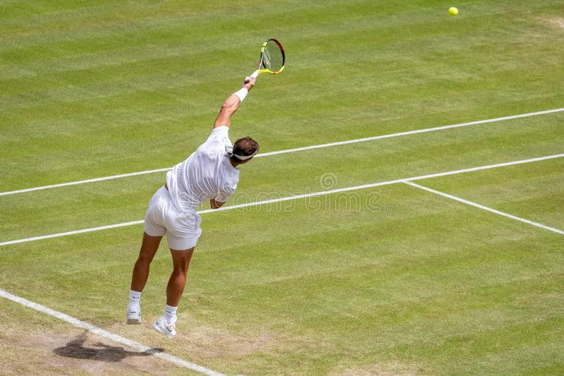 Rafa Nadal på Wimbledon royaltyfria foton