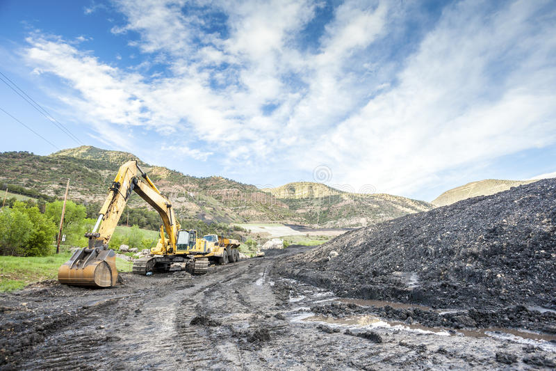 Rafadoras, carbón e infraestructura fotos de archivo libres de regalías