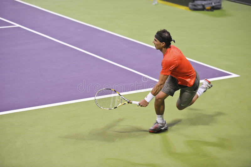 Rafael Nadal en el tenis del ATP imagenes de archivo