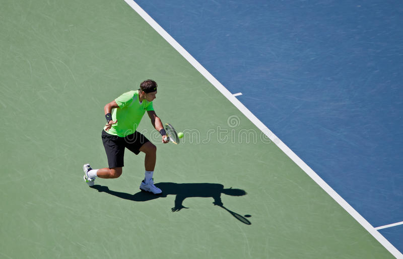 Rafael Nadal tijdens de 2010 Open V.S. stock foto's