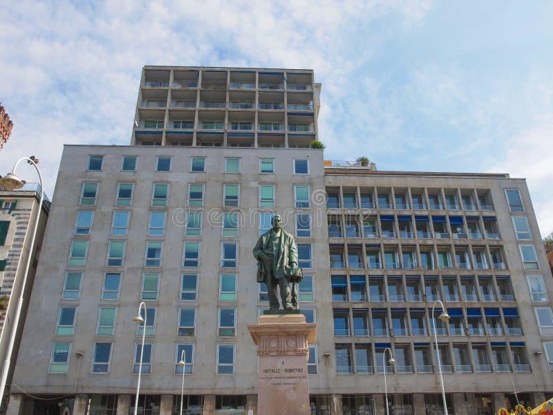 Download Raffaele Rubattino-standbeeld In Genua Stock Foto - Afbeelding bestaande uit standbeeld, beeldhouwwerk: 39114880