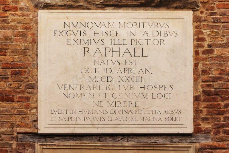 Raffaello gata, hus av Raffaello Sanzio, Urbino, Italien royaltyfri foto