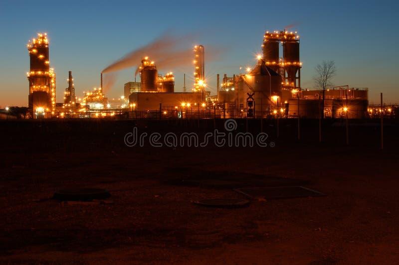 Raffinaderij bij nacht in Montreal 4 stock fotografie