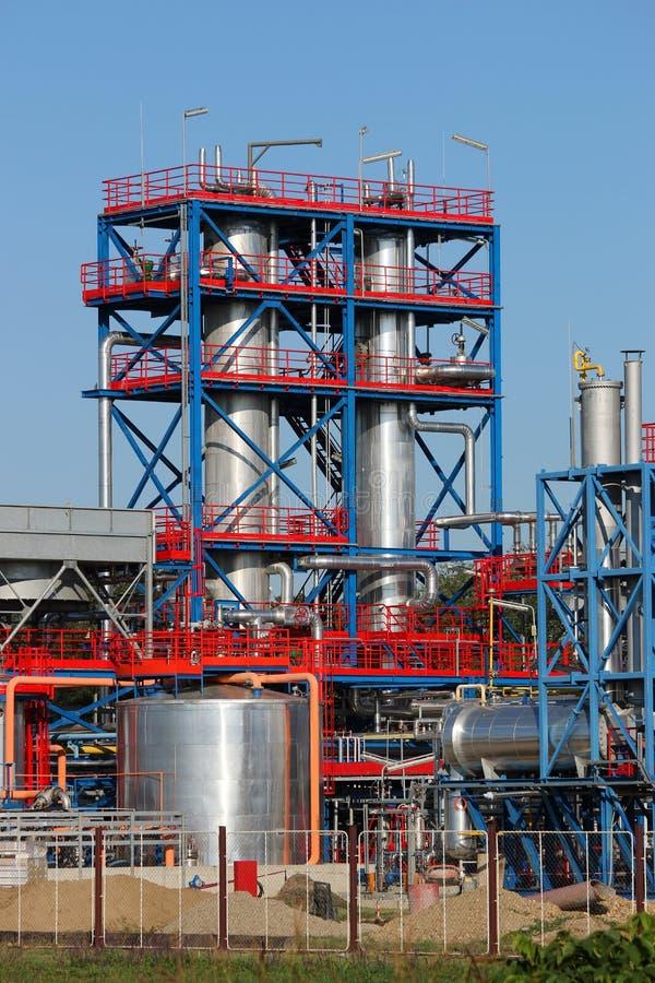 Raffineria dell'olio vegetale e del gas di centrale petrolchimica immagine stock libera da diritti