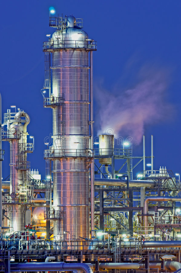 Raffineria di petrolio immagini stock
