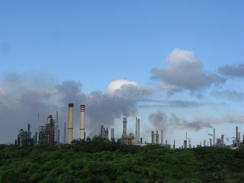 Raffineria di petrolio, stato del falco di fijo di Punto, Venezuela fotografia stock libera da diritti