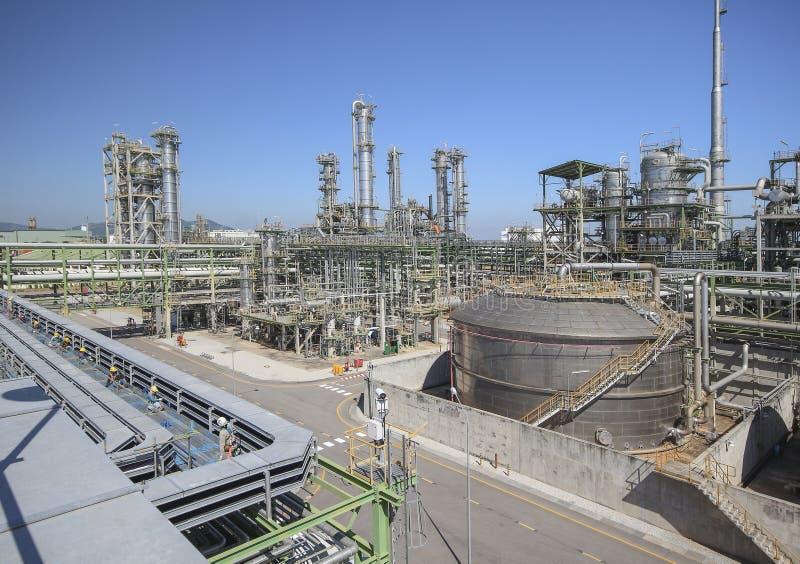 Raffinerieprozeßbereich des petrochemischen Werks lizenzfreie stockbilder