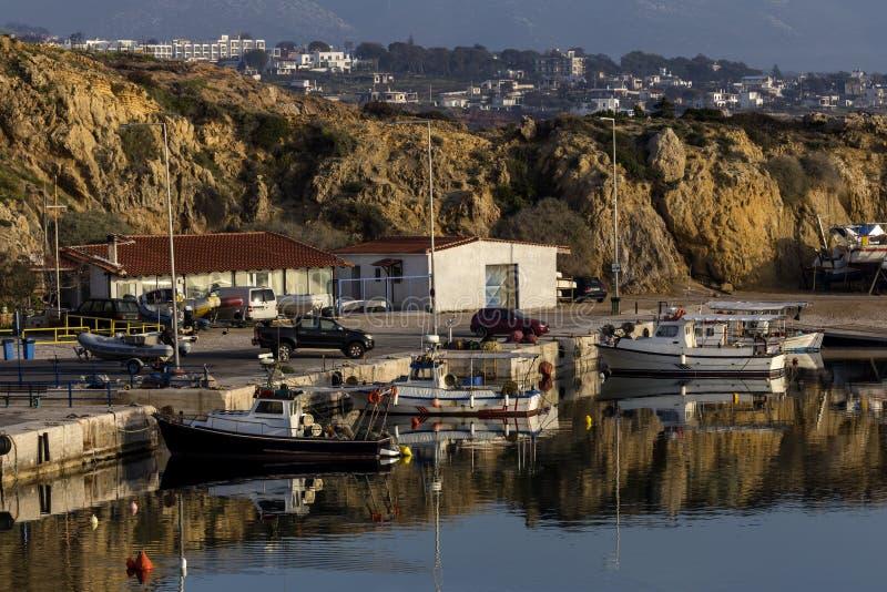 Rafina希腊港的奎伊  免版税库存图片