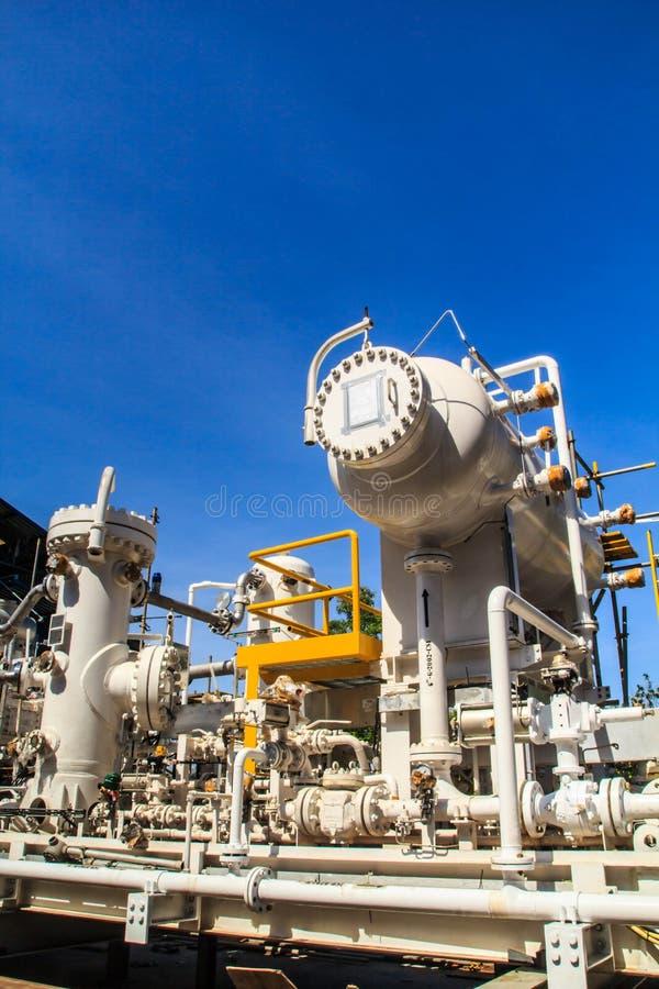 Rafineria przemysłu produkci cysternowe ropy naftowe zdjęcia stock