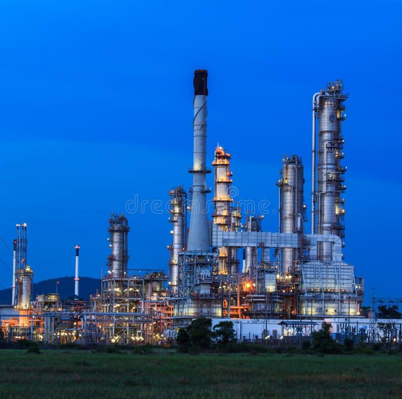 Rafineria Ropy Naftowej w dniu fotografia royalty free