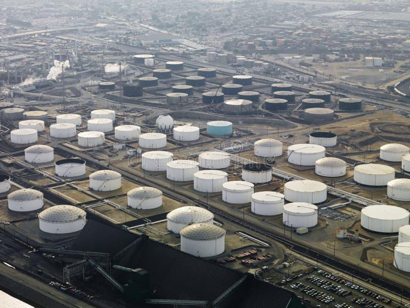 rafineryjny przeciwlotniczej ropy naftowej