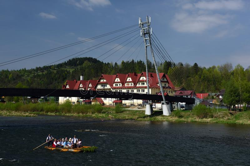 Rafting di Dunajec, Pieniny, regione di Spis, Slovacchia immagini stock