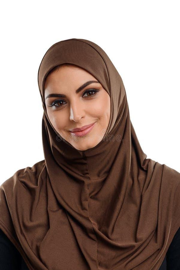 Ragazza araba sveglia nel hijab fotografia stock