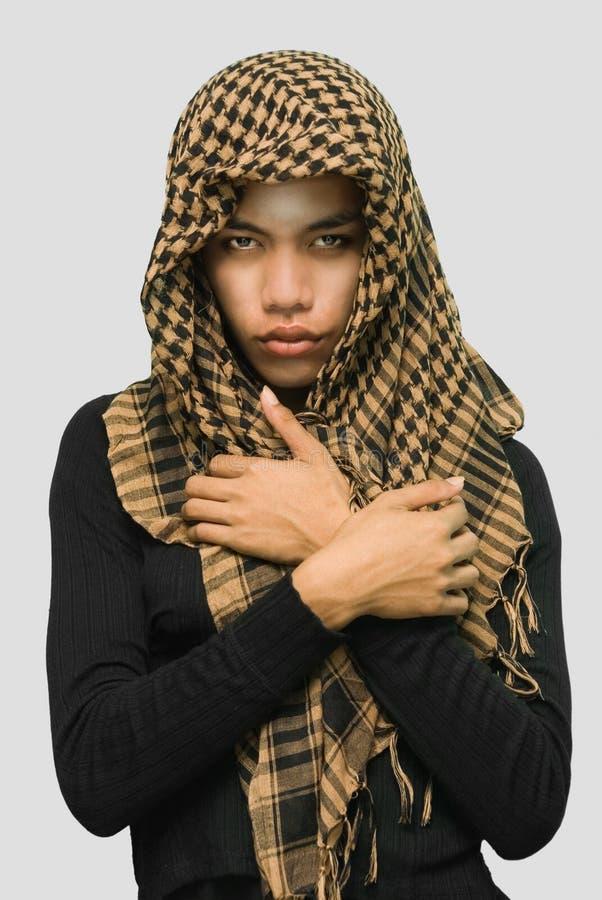 Ragazza asiatica islamica con la sciarpa fotografia stock libera da diritti