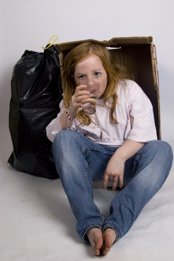 Ragazza assetata senza casa fotografie stock