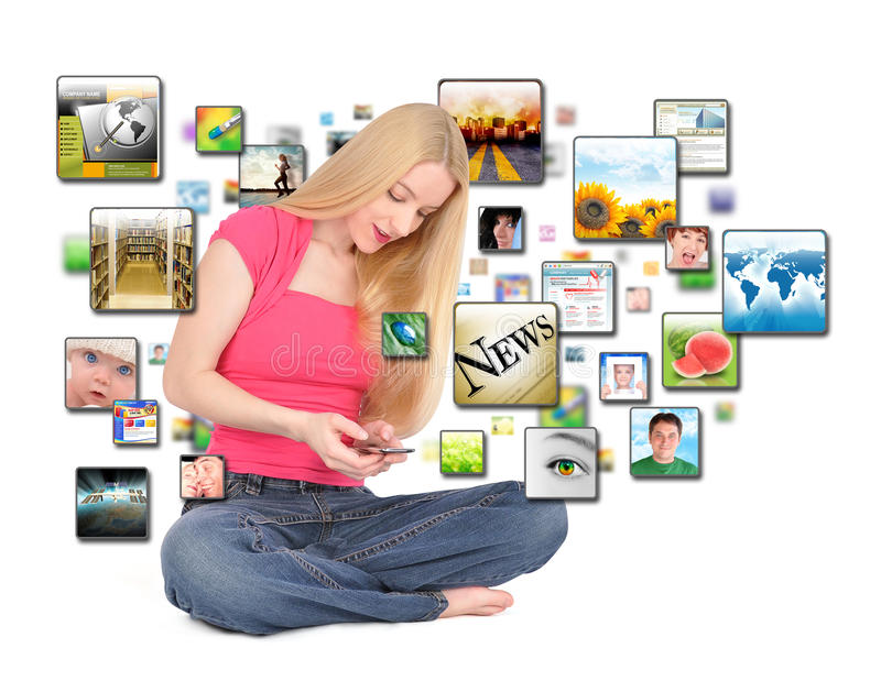 Ragazza astuta di Texting di applicazione del telefono fotografia stock