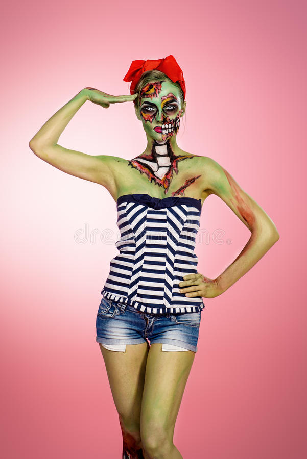 Ragazza attraente dello zombie fotografia stock