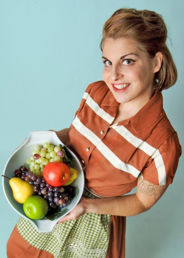 Ragazza in buona salute della frutta fotografie stock
